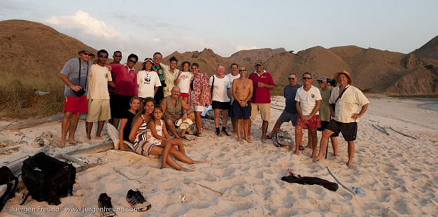 The Freunds and Seven Seas group, Komodo