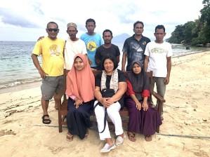 Community patrol group at Pulau Ay