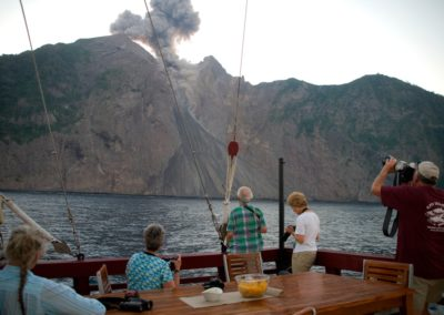 Guests watching Komba eruption