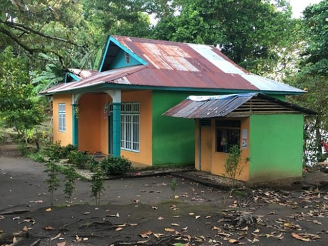House and Shop on Pulau Pisang, Photo by Joseph Quiroz