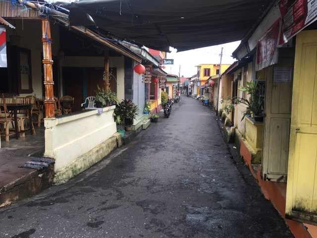 Street in Banda Naira, Photo by Joseph Quiroz