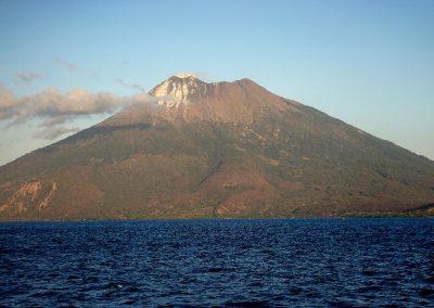 Ili Wariran Volcano