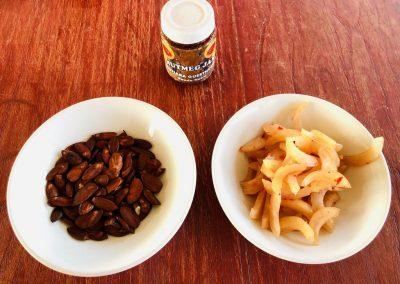 Kenari nuts, nutmeg snacks and nutmeg jam