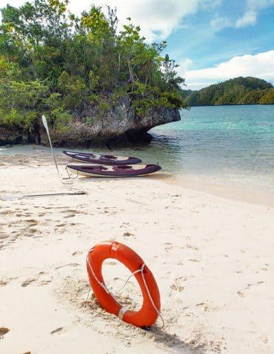 Kayaking in Wayag